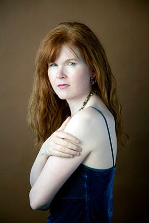 Image of pianist Sarah Cahill.