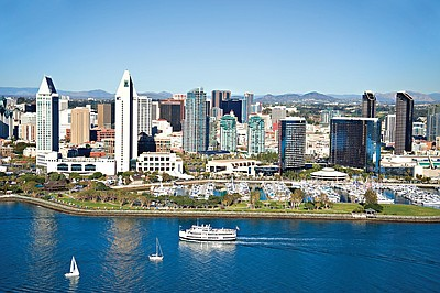 Promotional Photo Lord Hornblower Cruising Along The San