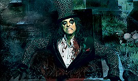 Promotional photo of Alice Cooper courtesy of Harrah's.