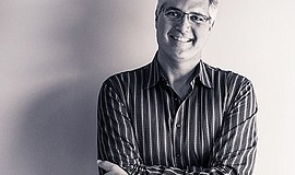 Promotional photo of Eric Kaufmann.
