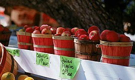 Promotional photo of a Julian apple stand. Courtesy of Julian Chamber of Comm...