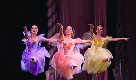 "A photo of California Ballet's ""Nutcracker."""