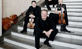 Promotional photo of the Henschel Quartett.