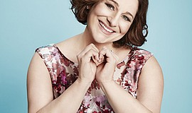 Promotional photo of author Jennifer Weiner.