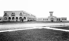 A photo of Bishop's School La Jolla 1910-16, designed by Irving J. Gill.