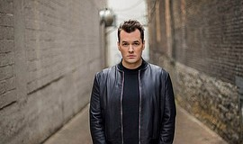 Promotional photo of comedian Jim Jefferies.
