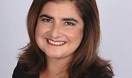 Promotional photo of speaker Lisa Kirazian