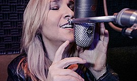 A promotional photo of musician Melissa Etheridge.