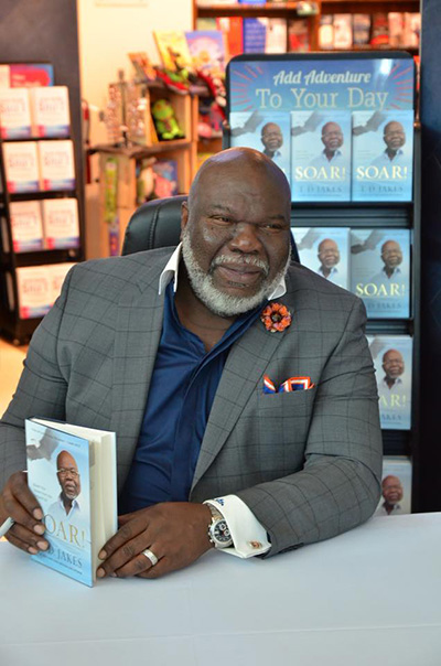 Bishop T D  Jakes Interview & Book Signing At The Rock Church