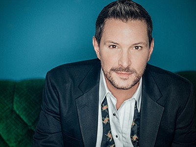 Promotional photo of Ty Herndon. Courtesy of Martinis Abo...