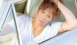 Promo graphic for Beth Hart's 'Fire On The Floor'