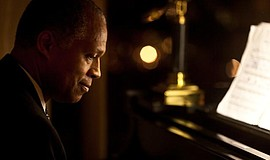 Photo of pianist Robert Parker, courtesy of photographer Emilio Azevedo.
