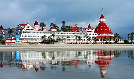 A photo of the Hotel Del Coronado.