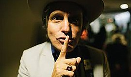A photo of musician Steve Poltz.