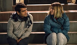 Zoe Kazan and Kumail Nanjiani in The Big Sick (2017).