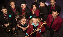 Promotional photo of the Squirrel Nut Zippers.