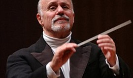 A photo of conductor David Zinman, courtesy of the artist's website.
