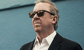 Photo of the featured performer. Courtesy of Boz Scaggs.