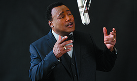 Photo of the featured performer. Courtesy of George Benson.