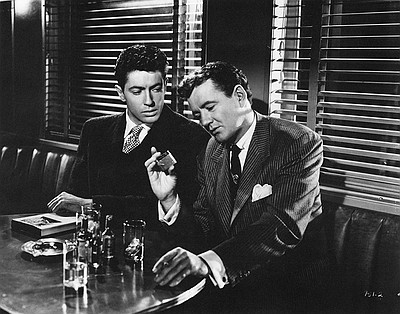 Farley Granger and Robert Walker in Strangers on a Train ...
