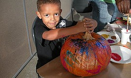 Promo graphic for Pumpkin Carving & Decorating (Ages 3-7)
