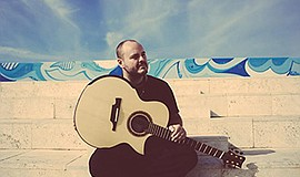Promotional graphic of Andy McKee. Courtesy of The Music ...