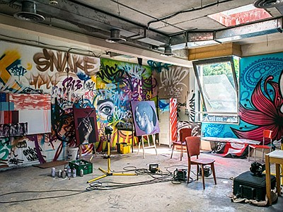 Promotional photo of an art studio, courtesy of Drawing Fan