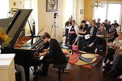 A promotional photo from the Amateur Pianists competition...
