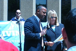 San Diego Celebrates Fifth Anniversary Of Living Wage Ord...