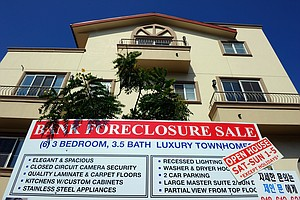 Tease photo for Economists Divided Over Remedy For Foreclosures
