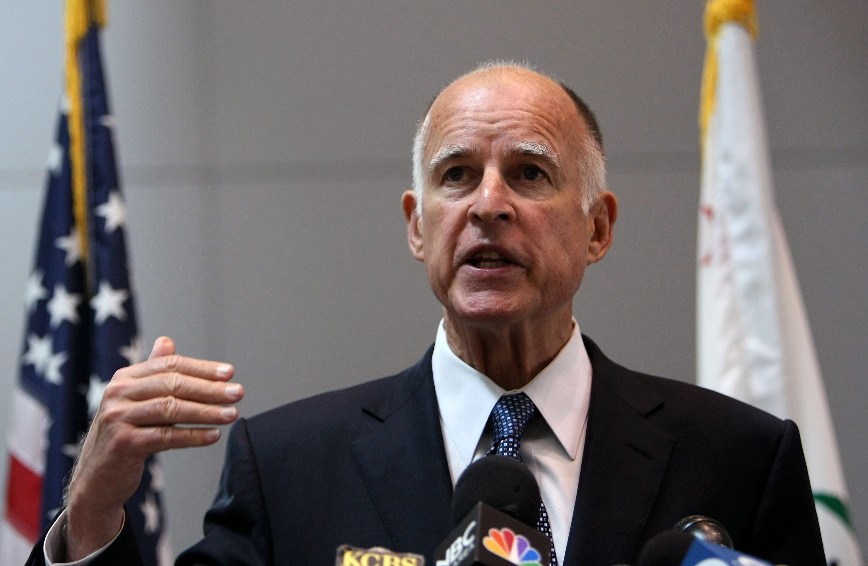 governor of california The governor of california is the head of government of the us state of california the california governor is the chief executive of the state government and the commander-in-chief of the.