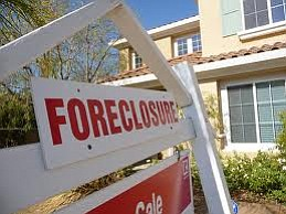 Tease photo for Foreclosures Hurt Communities And Homeowners