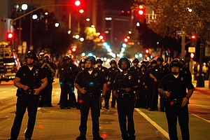LA Police Arrest 200 Occupy Protesters