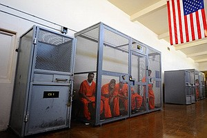 California Challenges Feds' Inmate Population Cap