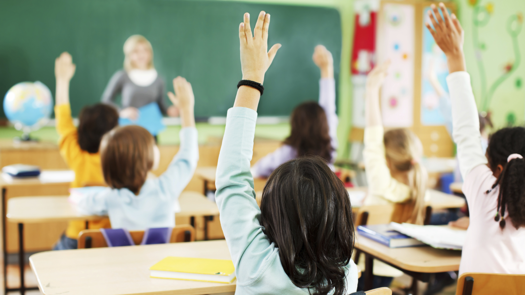 a comparison of public education and home schooling in childrens education
