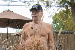 One Veteran's Treatment For PTSD? Going Nude (Video)