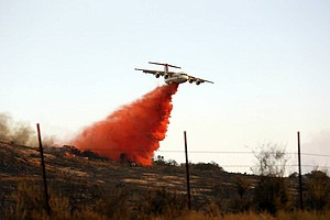Tease photo for Tomahawk Fire Jumps Containment Line; Fallbrook Evacuation Orders Lifted