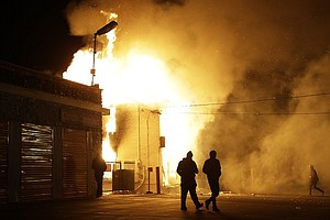 Tease photo for Clashes, Protests In Ferguson Following Grand Jury's Decision