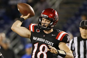 SDSU Will Face Navy In San Diego's Poinsettia Bowl