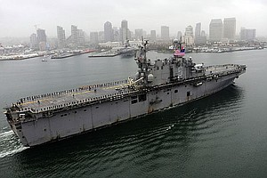 USS Peleliu Returns To San Diego On Christmas Eve