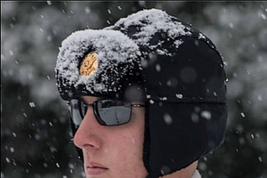Soldier Guards Tomb Of The Unknowns During 'Winter Storm ...