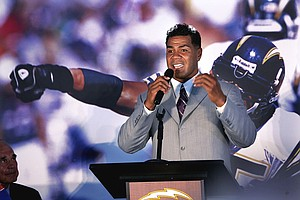 Tease photo for San Diego Charger Junior Seau A Hall Of Fame Finalist
