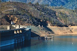 Tease photo for Study: California Drought Decreases Hydropower, Increases Greenhouse Gas Emissions