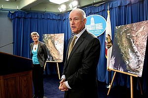 Tease photo for Gov. Brown Signs $1B Water Plan For Dry California