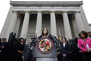 Charges Against 6 Officers In Freddie Gray's Death Range ...