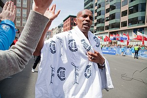 Meb Keflezighi To Compete In San Diego Rock 'n' Roll Mara...