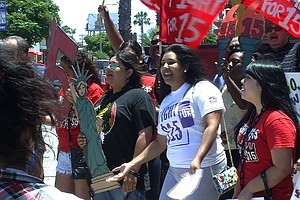 San Diego Fast Food Workers Rally For Higher Pay