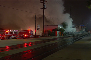 Fire At Building Near Lindbergh Field Briefly Interrupts ...