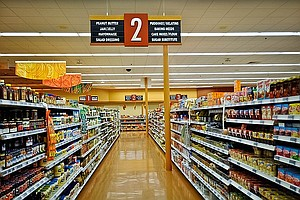 Brown OKs Bill Protecting California Grocery Workers