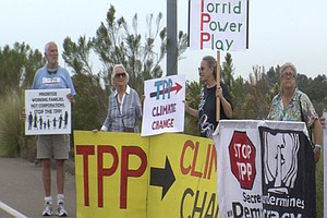 Tease photo for Trade Pact Opponents Protest Obama's San Diego Visit